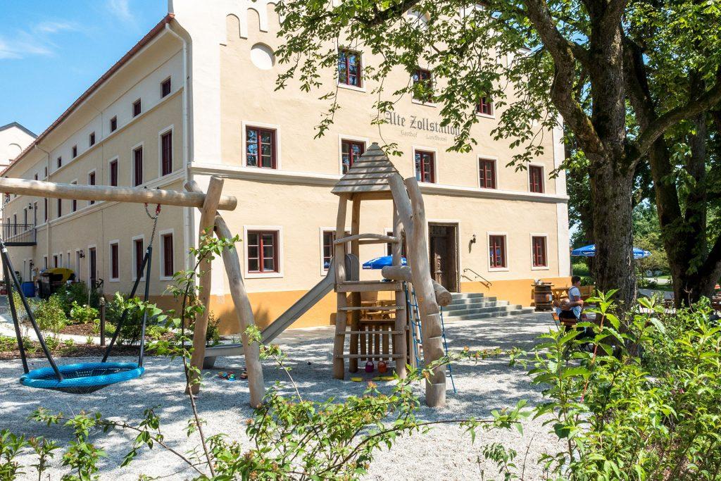 Alte Zollstation Pittenhart Spielplatz